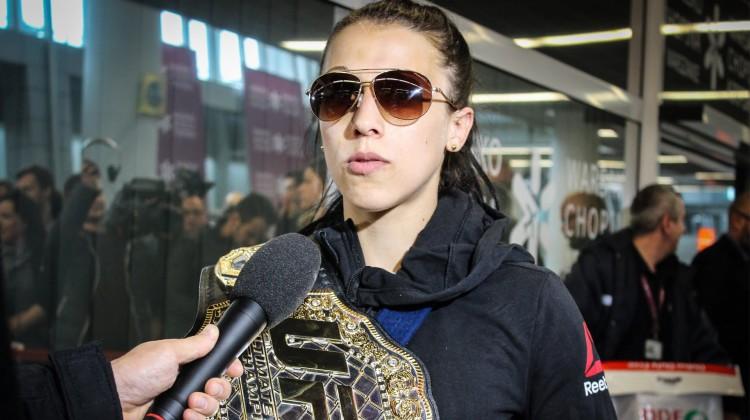 Powrót Joanny Jędrzejczyk do Polski po UFC 193