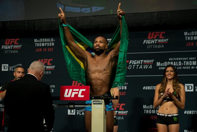 20160617043841_UFC_Fight_Night_Ottawa_Weigh_Ins_23